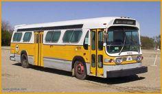 New Look GM Fishbowl bus