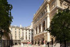 18TH CENTURY HOTEL