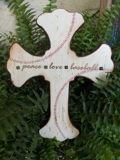 I made this baseball cross for our team basket this Spring. Baseball Mom, coach, party.