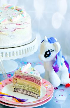 In this video, I'll show you step by step on how to make this stunning Unicorn Rainbow Mille Crêpe Cake. Crepes, Rainbow Donut, Yummy Pancake Recipe, Layered Drinks, Most Popular Desserts, Crepe Cake, Food Picks, Mille Crepe, Cute Desserts