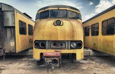 De voorloper van de op de foto getoonde Mat '64, de Mat '54, werd vanwege de kenmerkende vorm van de neus 'Hondekop' genoemd.
