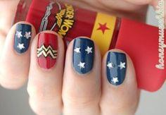 wonder woman nail art 3