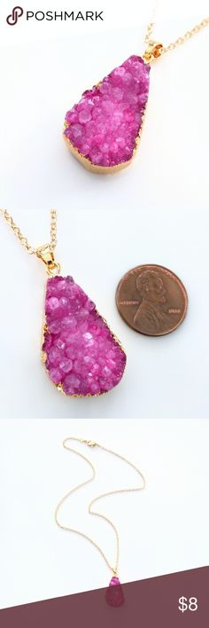 """Gold-plated genuine agate druzy necklace Closet closing clearance!  All prices are firm; no additional offers accepted.  Grab your favorite pieces while you can!  Nickel-free chain measures about 18.25"""". Jewelry Necklaces"""