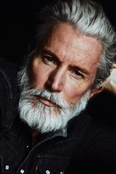 How to grow sexy beard and facial hair like models for men - Men's Fashion Ultimate Tips I Love Beards, Grey Beards, Awesome Beards, Beard Styles For Men, Hair And Beard Styles, Beard Images, Beard Shampoo, Hair Shampoo, Beard Game