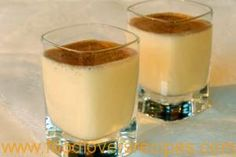 Melktertjie shooters - Half bottle vodka, 1 tin condensed milk, i tin evaporated milk and SHAKE, sprinkle shooters with cinnamon :) Master Chef, Kos, South African Recipes, Ethnic Recipes, Yummy Drinks, Yummy Food, Refreshing Drinks, Yummy Yummy, Shooter Recipes