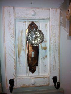 Antique door knob coat rack towel or even by countrycraftsbydebbi, $35.00