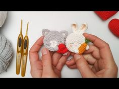 Как связать простые брошки крючком/зайка и котик - YouTube Crochet Bows Free Pattern, Diy Crochet, Crochet Crafts, Crochet Hair Clips, Crochet Hair Styles, Crochet Brooch, Crochet Earrings, Cat Nose, Crochet Hair Accessories