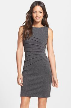 IVANKA TRUMP Side Zipper Sheath Dress in Gray. Taille 46. REF 3296/46.