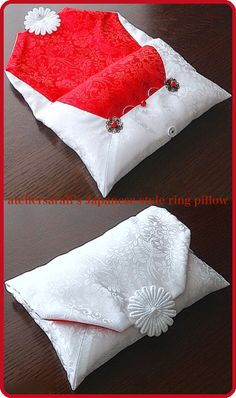 The Japanese ring pillow modeled on a tea-ceremony pavilion bag
