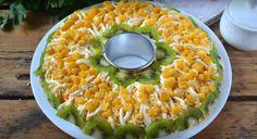 Этот салатик украсит любой праздничный стол, ведь он очень яркий и оригинальный. Майонез мы будем использовать домашний, поэтому у салата будет немного новый оригинальный вкус. Рецепт приготовления майонеза смотрите по ссылке.