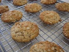 Simply Sara: Yummy Find - Poor man's cookies! Egg, dairy and nut free.