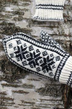 Perinteiset kirjoneulelapaset Novita Nalle | Novita knits