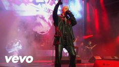 Judas Priest - Breaking the Law (Live from Battle Cry)