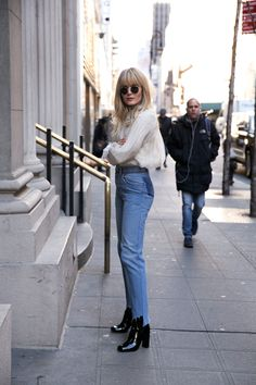 Brooke Testoni wears Zimmerman Mischief Rosette Blouse, high-waisted denim jeans and black, heeled ankle boots. Style Me, Cool Style, Style Personnel, Vetement Fashion, Looks Street Style, Inspiration Mode, Recycled Denim, Australian Fashion, Look Chic