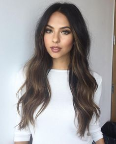 cabello-chicas-morenas                                                                                                                                                                                 Más