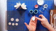 How to Make Magnolia Sugar Paste Flower Petals