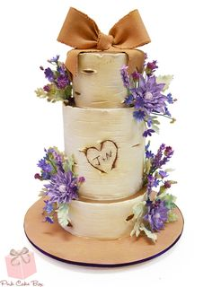 See the latest wedding cake trends from the award winning bakery Pink Cake Box. From lace, metallics, glitter and gold, we cover the latest fashionable trends driving the cake industry. Birch Tree Wedding, Wedding Cake Rustic, Fall Wedding Cakes, Rustic Cake, Wedding Country, Gorgeous Cakes, Pretty Cakes, Pink Cake Box, Creative Wedding Cakes