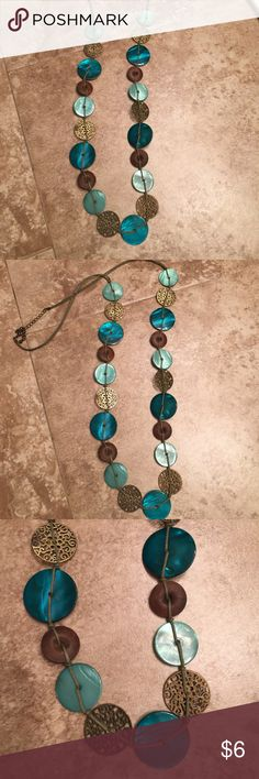 Old Navy Necklace Pretty colors in this long necklace. Check out my bundle deals. Old Navy Jewelry Necklaces