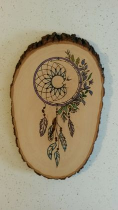 Dream catcher, colored pencils and wood burned. Wood Burning Crafts, Wood Burning Patterns, Wood Burning Art, Wood Crafts, Wood Painting Art, Wood Art, Wood Wood, Diy Wood, Wood Burn Designs