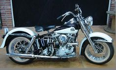 Harley-Davidson - 1958 Duo Glide