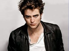 A beautiful picture of Robert Pattinson With a Cool Look downloaded from http://alliswall.com