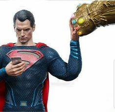 He literally can. So long as none of the stones has any traces of kryptonite. Otherwise with his photonucleic effect which stores solar radiation in his cells, he could fight Thanos endlessly and without loss of stamina. Marvel Funny, Marvel Memes, Marvel Dc Comics, Funny Comics, Marvel Avengers, Captain Marvel, Batman Vs Superman, Superman Artwork, Hulk Spiderman