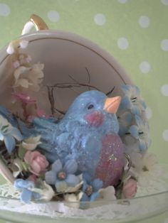 Tea Cup Bluebird We had our little tea on Friday the and it was sooo sweet. Paper Clay, Paper Mache, You Are Wonderful, Chocolate Dipped Strawberries, Easter Parade, Baby Shower Themes, Shower Ideas, Recycled Bottles, Bottles And Jars