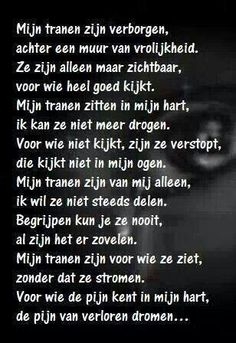 Geregeld ff dit jaar. Sad Quotes, Words Quotes, Best Quotes, Love Quotes, Inspirational Quotes, Sayings, The Words, Cool Words, Dutch Words