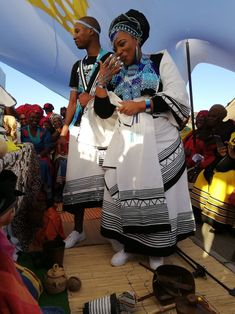Traditional Xhosa weddings 2020 - style you 7 South African Traditional Dresses, Traditional Wedding Dresses, Traditional Clothes, African Women, African Fashion, Doek Styles, African Print Pants, African Prints, South African Weddings