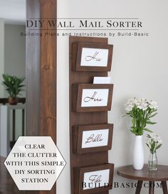 DIY Mail Organizers - DIY Wall Mail Sorter - Cheap and Easy Ideas for Getting Organized - Creative Home Decor on A Budget - Farmhouse, Modern and Rustic Mail Sorter, Organizer Diy Wand, Hanging Mail Organizer, Letter Organizer, Cool Diy, Easy Diy, Mail Sorter, Diy Organization, Organizing Bills, Diy Woodworking
