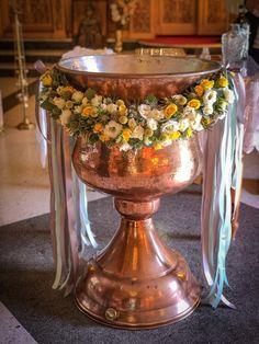 Baptism Party Decorations, Christening, Flower Arrangements, Instagram, Mary, Corona, Floral Arrangements