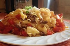 Slow Cooker Ground Beef Noodle Casserole - Easy and so TASTY! Great week-night meal! www.GetCrocked.com