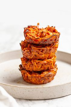 Inspiralized: Sweet Potato Noodle Ham and Cheese Cups Baby Led Weaning Breakfast, Baby Breakfast, Breakfast Ideas, Sweet Potato Recipes, Baby Food Recipes, Yummy Recipes, Dinner Recipes, Spiralized Butternut Squash, Sweet Potato Noodles