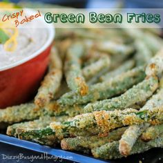 Crispy Baked Green Bean Fries - Crunchy, addictive, AND healthy? Its true - you need to try these! #AppetizerWeek