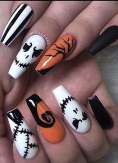Holloween Nails, Halloween Acrylic Nails, Cute Halloween Nails, Fall Acrylic Nails, Halloween Nail Designs, Disney Halloween, Halloween Ideas, Halloween Makeup, Halloween Cupcakes