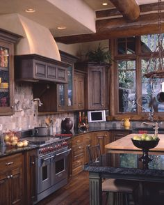 Edgewood Custom Log Homes - Kitchen Rustico