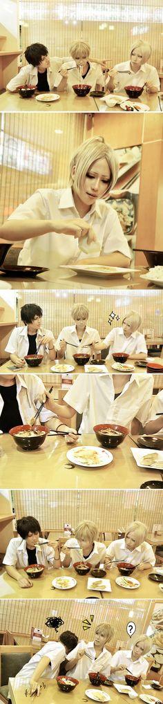 Phong Niimura(Phong Niimura) 賤賤, Kurosaki Yoru(Ren (Mun)) 炸毛 Cosplay Photo - WorldCosplay
