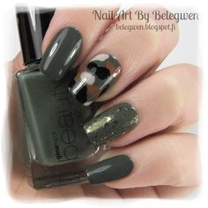 Nail Art by Belegwen: Gina Tricot Army Green and Essence Make It Golden!