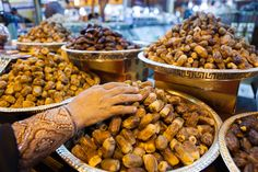 In the Spice Souk you will find dates, figs, fruits and spices from the region. For the best souks and markets in Dubai go to: https://www.meetthecities.com/guide/dubai/dubai-shopping-market/