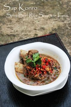 Sop Konro - is an Indonesian rib soup originating with the Makassarese and Buginese of South Sulawesi. Usually this soup was made with ribs, such as spare ribs or beef as main ingredient.