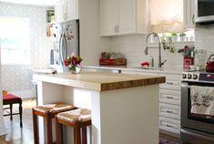 At Home With Maria Tchajkova (A Beautiful Mess) Kitchen Nook, Apartment Kitchen, Kitchen Dining, Kitchen Decor, Kitchen Ideas, Huge Kitchen, Kitchen Layout, Kitchen Hacks, Kitchen Island