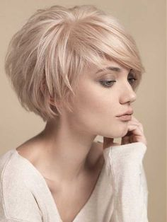 19.Blonde Pixie Cut