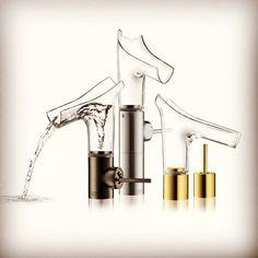 Водоворот в смесителе  Дизайнер Филипп Старк (Philippe Starck) разработал для #Axor (премиум-бренд компании #Hansgrohe) смесители из хрустального стекла, которые благодаря своей прозрачности практически растворяются в интерьере. В основу модели положена идея водоворота – из него рождаются струи воды, превращающиеся в настоящий водопад!