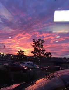 Pretty Sky, Beautiful Sunset, Beautiful World, Fred Instagram, Look At The Sky, Sky Aesthetic, Pink Sky, Pink Purple, Jolie Photo