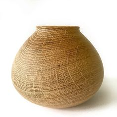 "White Oak Pot, 6""d x 5-1/2""h #woodturning #woodpot #oak #woodturner #greenwoodturning"