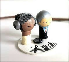 Music themed cake wedding topper Keywords: #weddings #jevelweddingplanning Follow Us: www.jevelweddingplanning.com  www.facebook.com/jevelweddingplanning/