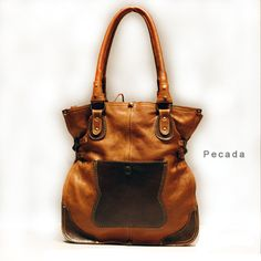 Pecada Calfskin bag medium large, handmade. From http://www.despegue.it/english/pecada.html