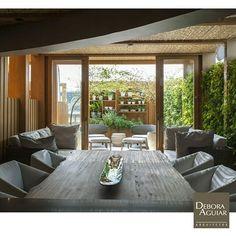 A luz natural invade o espaço gourmet. #deboraaguiar #arquitetura #architecture #design #instadesign #decoracao #decoração #instagood #inspiração #decor #nature #getinspired #homedesign #interior #interiordesign #instadecor