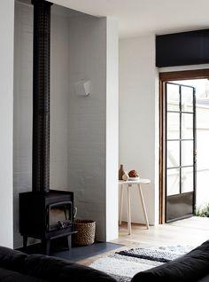 Wood burning stove and flue
