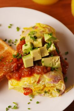 Easy camping breakfast · breakfast omelette · fast dinner recipes · dessert recipes · not to brag, but this is eggcellent. omelet in a bag recipe, omelets Tasty Videos, Food Videos, Recipe Videos, Breakfast Dishes, Breakfast Recipes, Camping Breakfast, Dessert Recipes, Breakfast Ideas, Breakfast Omelette